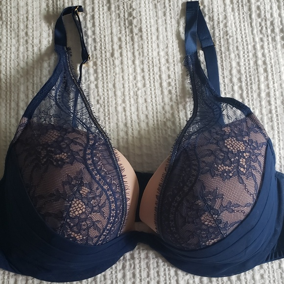 Cacique Other - Navy & Pink Plunge Bra